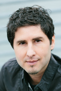 author-Matt de la Pena-3x4pt5